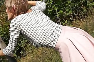 chinese mother, creampies, grannies, mature asia, MILF porno, mom xxx, outdoor, pussycats
