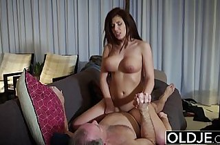 BIG TITS TEEN HARDCORE OLD YOUNG SEX FUCK and BLOWJOB and SWALLOW