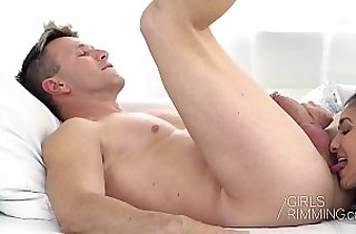 GIRLSRIMMING Darcia Lee Family Rimjob