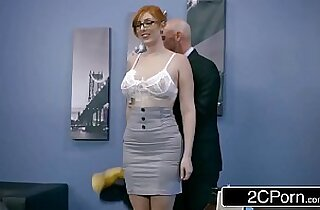 Ginger Bimbo Lauren Phillips Gets pussy Pounded At Work