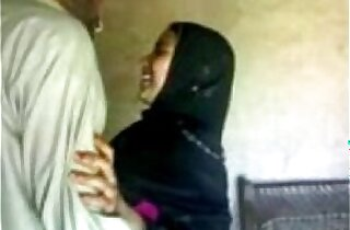 Indian muslim girl sucking and fucking her bf